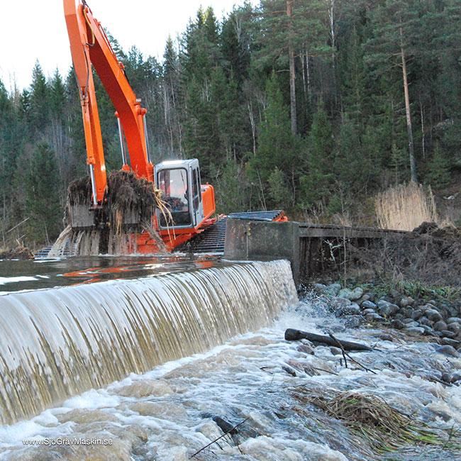 SjöGrävMaskin.se-Emma-transport+gräv-10_w650x650