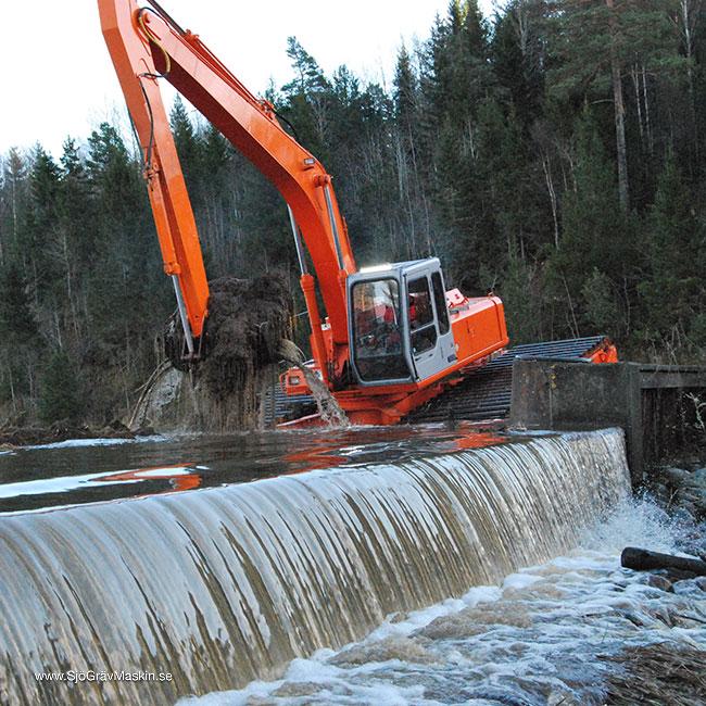 SjöGrävMaskin.se-Emma-transport+gräv-11_w650x650