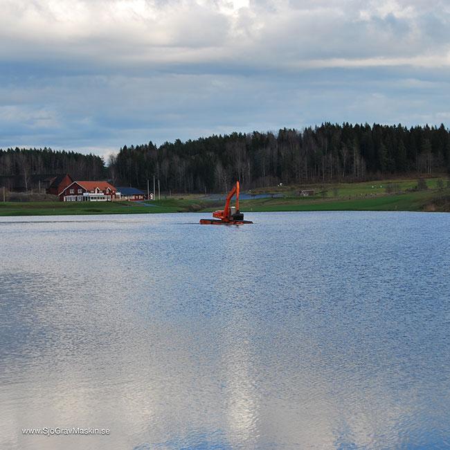 SjöGrävMaskin.se-Emma-transport+gräv-1_w650x650
